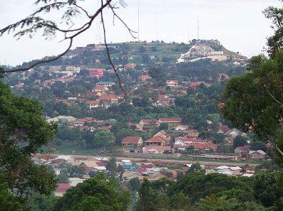 800px-Kampala_suburb